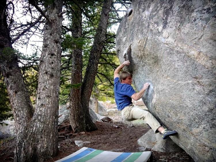 David Lloyd climbing Honest Joe - V8.